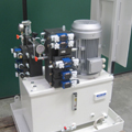 Hydraulic unit for rubber calender control
